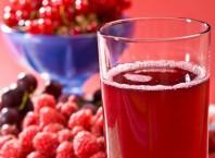Как сварить вкусный компот из ягод?