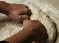 Как приготовить дрожжевой пирог: ухищрения опытных хозяек