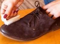 Как чистить обувь с нубуку от соли?