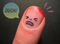 Как лечить забой пальца?