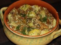 Как правильно жарить лисички с картофелем и сметаной?
