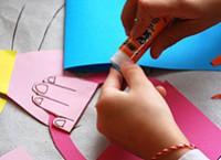 Как сделать открытку маме на 8 марта?