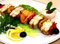 Как замариновать лосось для шашлыка?