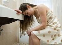 Как вылечить геморрой в домашних условиях у женщин после родов?
